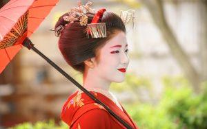 В Японии не рекомендуют фотографировать гейш